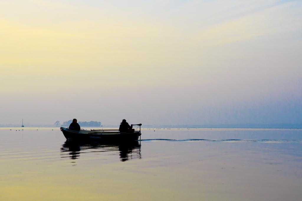 Steinhuder Meer im Herbst Boot Schiff